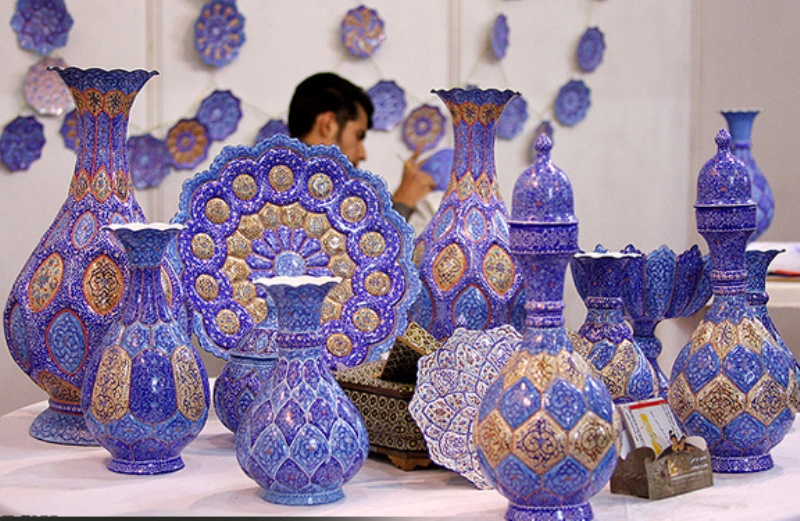 What is enamel art of Iran?